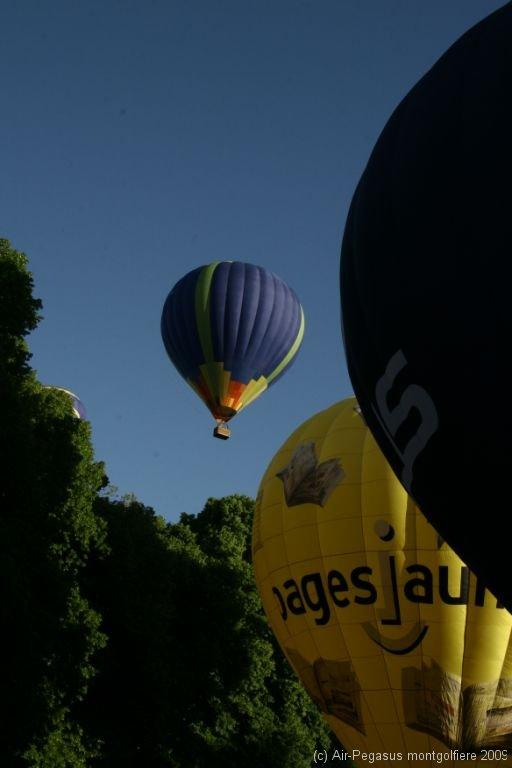090522-montgolfiere-esclimont-4.jpg