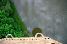 090523-montgolfiere-reflet-sur-eau.jpg